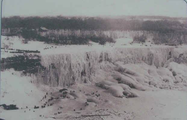 A FROZEN Niagara Falls-Winter 1911